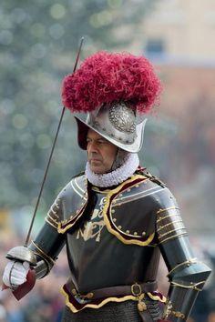 「バチカン 衛兵 甲冑」の画像検索結果