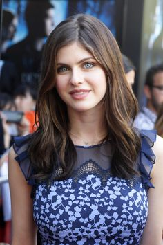 Pictures of Alexandra Daddario, Picture Alexandra Anna Daddario (born March is an American actress and model best known for playing Annabeth Chase in the Percy Jackson film series and Blake in San Andreas. Beautiful Celebrities, Beautiful Actresses, Beautiful Women, Beautiful Eyes, Hollywood Celebrities, Hollywood Actresses, Alexandra Anna Daddario, Mode Style, American Actress