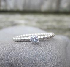 Bright Star - Zilveren ring met een zirkonia.