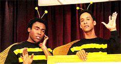 Bzzzz 🐝 Community Tv Show, Community Art, I Remember When, Troy, Movie Tv, Pop Culture, Tv Series, Chill, Legends