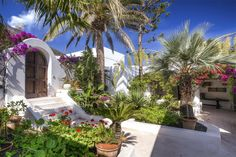 Fashion glamour at the heart of the Mediterranean Stromboli, Messina, Italy – Luxury Home For Sale