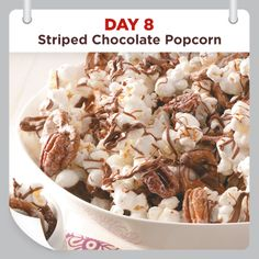 25 Days of Christmas Cheer :: Day 8 :: Striped Chocolate Popcorn Recipe