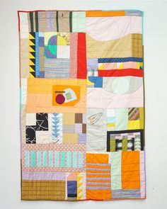Artist Lorena Marañon creates contemporary quilting that is a vehicle for storytelling. Hand Painted Fabric, Fabric Art, Quilting Fabric, Textiles, Contemporary Quilts, Musa, Textile Art, Textile Design, Baby Quilts