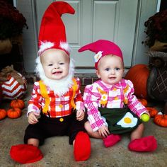 halloween costume idea boygirl twins garden gnomes