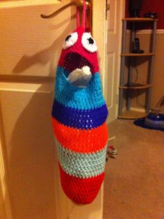 Bag or clutter holder monster! Free crochet pattern