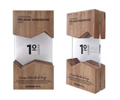 Confira nossos Troféus Personalizados e Medalhas Plaque Design, Sign Board Design, Shoe Store Design, Trophy Display, Acrylic Trophy, Trophies And Medals, Alcohol Dispenser, Award Plaques, Trophy Design