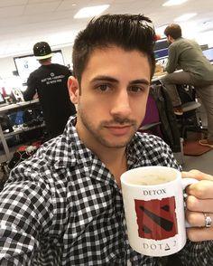 "159 Likes, 2 Comments - Chris Meyer (@meyerflies) on Instagram: ""The DOTA mug made it to the new office! #wayfair #gaymer"""