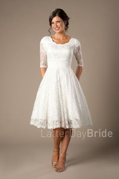 3f6e8983f08 Short Wedding Dress Vintage Lace Applique Long Sleeves Tea length A ...