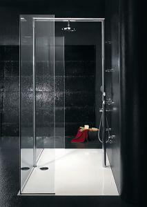 The EauZone Collection From Matki Redefines The Bathroom - UK Home Ideas Minimalist Bathroom, Modern Bathroom, Bathroom Showrooms, Uk Homes, Front Entrances, Wet Rooms, Shower Enclosure, Minimalist Design, Bathtub