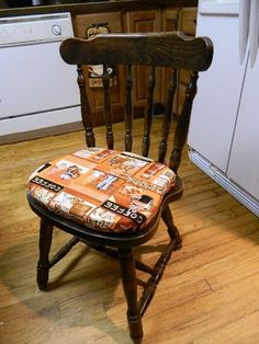 Making Your Own Kitchen Chair Cushion, by Real Life Farm Wife