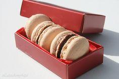 Easy macarons (in Hungarian)