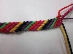 Kaarisillan käsityö: Ystävännauhoja Friendship Bracelets, Macrame, Crochet, Helmet, Halloween, Jewelry, Necklaces, Bangles, Hama