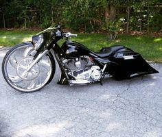 #motorcycles #harleydavidsonroadglideultra #harleydavidsonstreetglidebaggers