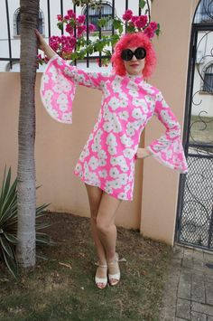 FLOWER CHILD 1960's Angel Sleeve Neon Pink by magicphoenixvintage