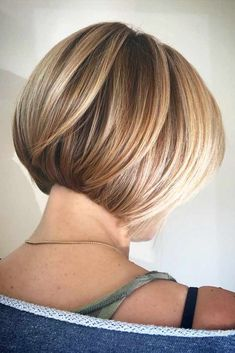 Short Bob With Blonde Highlights picture1