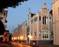 Palacio Bolívar, en el Casco Antiguo, sede del Ministerio de Relaciones Exteriores de Panamá.