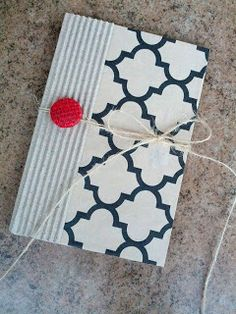 Homespun Elegance: Back to School with the Crafty Chicks! DIY notebooks