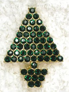 GREEN RHINESTONE CHRISTMAS TREE PIN