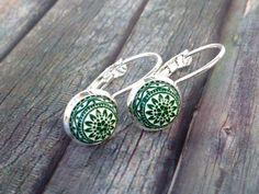 Ohrringe 'Mosaik grün/weiß' von TiefseeKirsche auf DaWanda.com