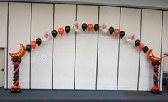 Balloon arch Halloween #BurtonandBurton #FrightfullyFun