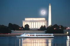 Take a scenic cruise on the Potomac River while enjoying dinner on the Dandy River Boat