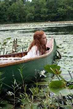 Pre-Raphaelite Maiden 6 by ~taraozella on deviantART
