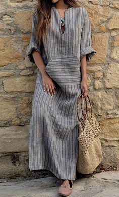 How to wear maxi dress casual ? just look at V Neck Kangaroo Pocket Striped Maxi Dresses Striped Maxi Dresses, Linen Dresses, Casual Dresses, Dresses Dresses, Floral Maxi, Casual Outfits, Woman Dresses, Vintage Dresses, Maxi Skirts