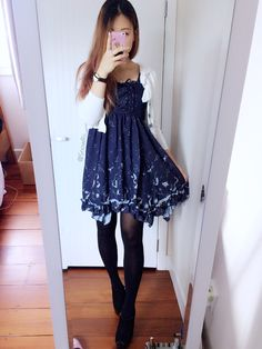 Casual lolita-inspired dress, easy to coordinate on days off. The navy blue color is so versatile and mature despite the night sky print! Find more outfits on http://instagram.com/snowrii