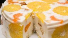 Jogurtovo ovocná torta, zabudni na pečenie, toto bude obľúbená sladkosť rodiny. Je taká krémová a očarujúca! – radynadzlato.sk Ingredients For Biscuits, Cake Ingredients, No Bake Desserts, Just Desserts, Dessert Recipes, Jelly Cake, Ice Cream Candy, Yogurt Cake, Icebox Cake