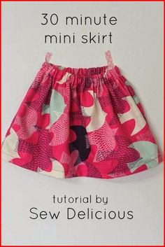 Quick Basic Skirt Who doesn't love a quick project that looks great? Sew Delicious shows how simple it is to sew up a skirt in 30 minutes in this basic skirt tutorial. Girls Skirt Patterns, Skirt Patterns Sewing, Clothing Patterns, Skirt Sewing, Serger Patterns, Sewing Kids Clothes, Sewing For Kids, Ladies Clothes, Kids Clothing