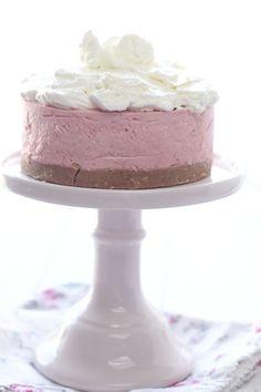 cheesecake fresa y crema de merengue suizo