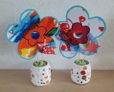 cadeau fête des mamans, bricolage enfant, pot en pâte autodurcissante à décorer, bricolage vase, fleurs, cadeau à offrir