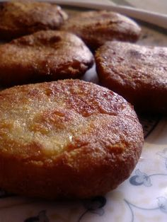 Ingredients :Wheat Flour : 1 cup Rice Flour : 1 cup Grated Jaggery : 2 cup Ghee : 1 tbsp Cardamom powder : 1/2 tsp Oil Method : Mix the wheat flour, rice flour, grated jaggery, cardamom powder and make a stiff dough by adding water as necessary. Grease your hands with the oil /...