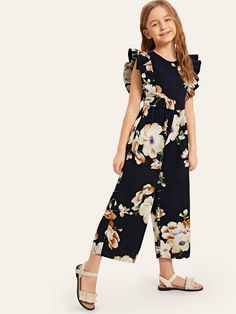 To find out about the Girls Ruffle Armhole Floral Wide Leg Jumpsuit at SHEIN, part of our latest Girls Jumpsuits ready to shop online today! Cute Little Girl Dresses, Dresses Kids Girl, Cute Dresses, Kids Outfits, Cute Outfits, Girls Fashion Clothes, Kids Fashion, Fashion Outfits, Girls Frock Design