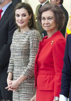 Queen Letizia of Spain (L) and Queen Sofia (R) attend the National Sports Awards 2015 at the El Pardo Palace on January 23, 2017 in Madrid, Spain. - Spanish Royals Deliver National Sports Awards 2015