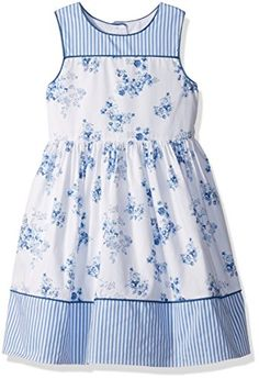 Perfect for a summer party or wesdding. Cotton Frocks For Kids, Kids Frocks, Frocks For Girls, Baby Girl Party Dresses, Girls Formal Dresses, Little Girl Dresses, Baby Girl Dress Patterns, Baby Dress Design, Cute Little Girls Outfits