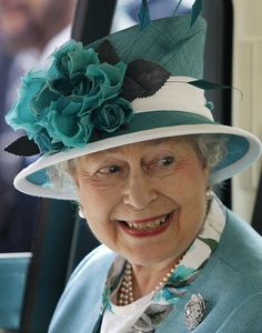 teal on the queen