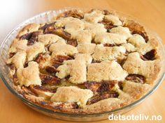 Veldig myk kake med veldig god smak! Kaken er lett å lage. En favoritt til kveldskosen! Apple Pie, Baking, Desserts, Food, Tailgate Desserts, Deserts, Bakken, Essen, Postres