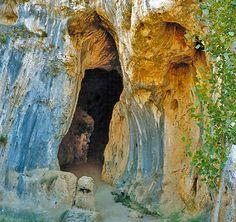 Parque Natural del Cañón del Rio Lobos, Soria - Cueva Cañón del Río Lobos