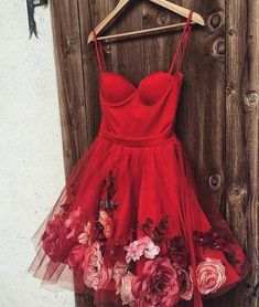 Burgundy satin tulle short prom dress, homecoming dress with flower applique Source by dresses short sleeve Short Red Prom Dresses, Burgundy Homecoming Dresses, Hoco Dresses, Flower Dresses, Pretty Dresses, Sexy Dresses, Beautiful Dresses, Evening Dresses, Short Prom