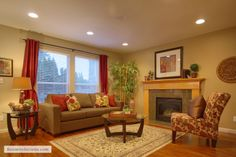 Tigard, Oregon home staged by Room Solutions Staging.  www.RoomSolutions.com #homestagingTigard