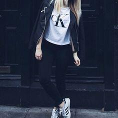calvin klein tshirt and adidas superstars outfit / http://club-avenue.blogspot.com