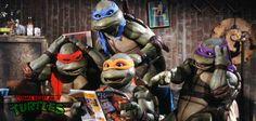 As Tartarugas Ninjas foram criadas como uma história em quadrinhos em 1984, mas ficou tão popular que virou um desenho animado em 1987. Quem sente saudades desse quarteto?  www.nagem.com.br