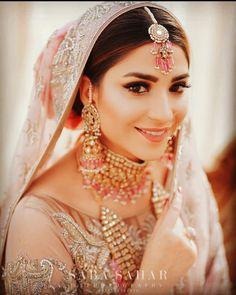 Bridal Make Up, Bridal Looks, Bridal Hair And Makeup, Hair Makeup, Pakistani Actress, Bridal Shoot, Pakistani Bridal, Outfit Goals, Makeup Tips