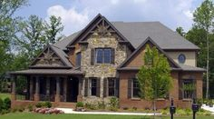 brick home- love this exterior! :)