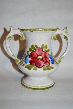 Een persoonlijke favoriet uit mijn Etsy shop https://www.etsy.com/nl/listing/547286624/vintage-bassano-vaas-60s-italy-keramiek
