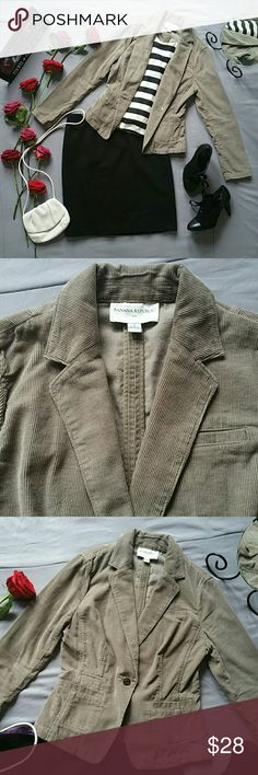 """BANANA REPUBLIC TAUPE CORDUROY BLAZER JACKET *IN EXCELLENT PRE-OWNED CONDITION. MOST MINIMAL SIGNS OF WEAR ALONG LAPEL SHOWN IN PHOTO 2  *BODEN WOOL SKIRT, FOSSIL BAG, & TAHARI BOOTIES SOLD SEPARATELY! BUNDLE AND SAVE!  *100% COTTON  *SLEEVES APPROX 24"""" *BUST APPROX 37"""" *SHOULDER TO WAIST APPROX 20"""" *WAIST ACROSS THE BUTTON APPROX 32"""" WITH JACKET BUTTONED  *ACROSS BACK SHOULDER SEAMS APPROX 15"""" *PRICE IS FIRM FOR NOW UNLESS BUNDLED  *STORED IN NON-SMOKING PET FREE HOME Banana Republic…"""