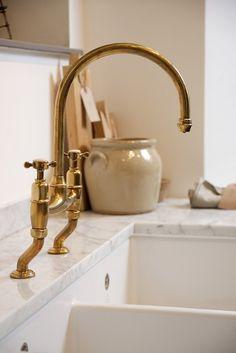 Unlacquered Brass Kitchen Faucet Elegant the Perfect Antique Brass Tap by Devol Brass Kitchen Faucet, Kitchen Fixtures, Plumbing Fixtures, Sink Faucets, Antique Brass Faucet, Brass Bathroom, Brass Fittings, Bath Fixtures, Bathroom Art