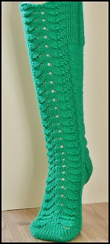 Ravelry: Good Old Lacy Socks pattern by Heli Heikkilä Knitting Videos, Knitting Projects, Knitting Patterns, Crochet Patterns, Crochet Slippers, Knit Crochet, Knitting Socks, Knit Socks, Cool Socks