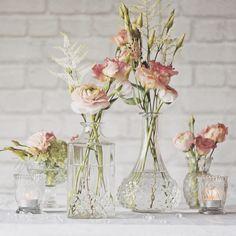 "224 likerklikk, 10 kommentarer – Wedding Ideas (@weddingideas) på Instagram: ""Wow your guests with these! @theweddingomd 🌸 #weddingideas #weddinginspiration #weddings #flowers"""